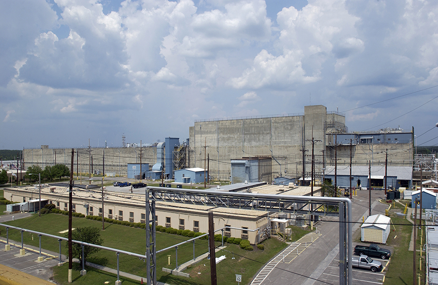 The H Canyon at the Savannah River Site had been intended to participate in the process to produce mixed-oxide fuel from surplus U.S. plutonium. (Photo: Energy Department)